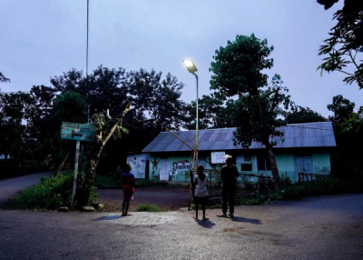 Photo of Signify Foundation Menerangi Kehidupan di Desa-desa Pedalaman NTT
